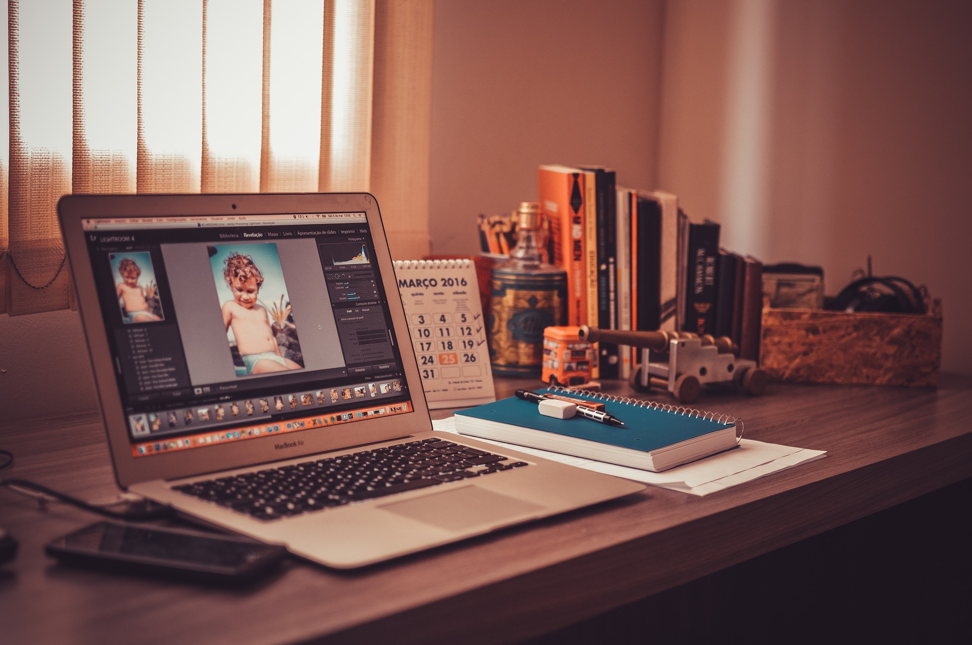 Comment_éviter_les_interruptions_du_travail_à_domicile_?