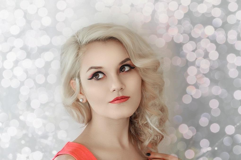 couleur cheveux blond polaire