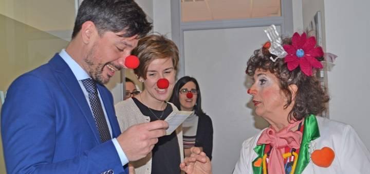 Fundación Theodora visita Implika