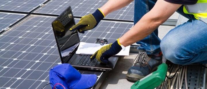 Estudiar energías renovables, ¿cuáles son las salidas laborales?