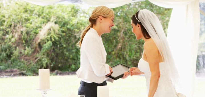 ¿Cuáles son las funciones de un wedding planner?