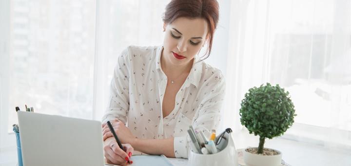 ¿Cómo trabajar de secretaria o asistente de dirección?