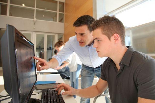 Descubre la FP Oficial de Implika y conoce experiencias de alumnos