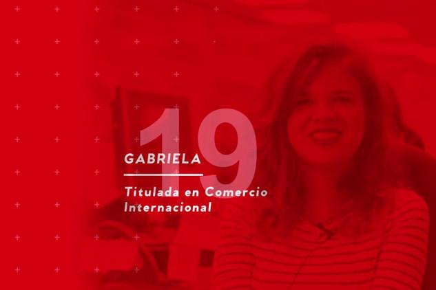 Gabriela, contratada en ASM al finalizar sus prácticas, opina sobre su curso en Implika