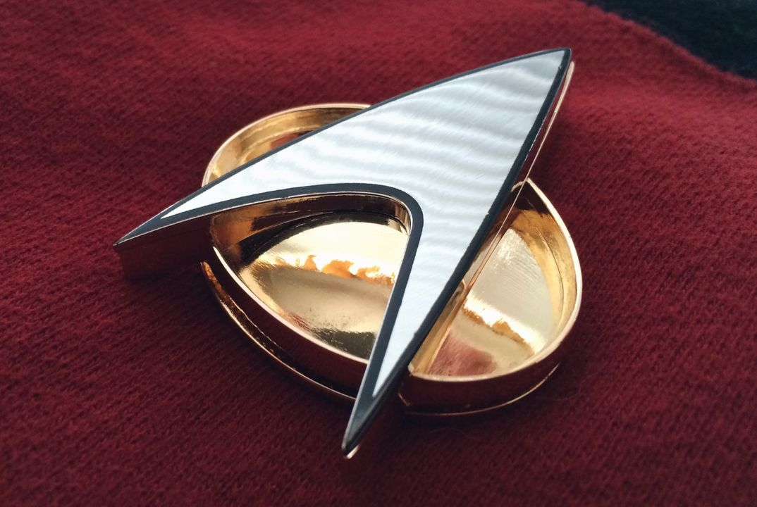 "Star Trek ""Combadge"""
