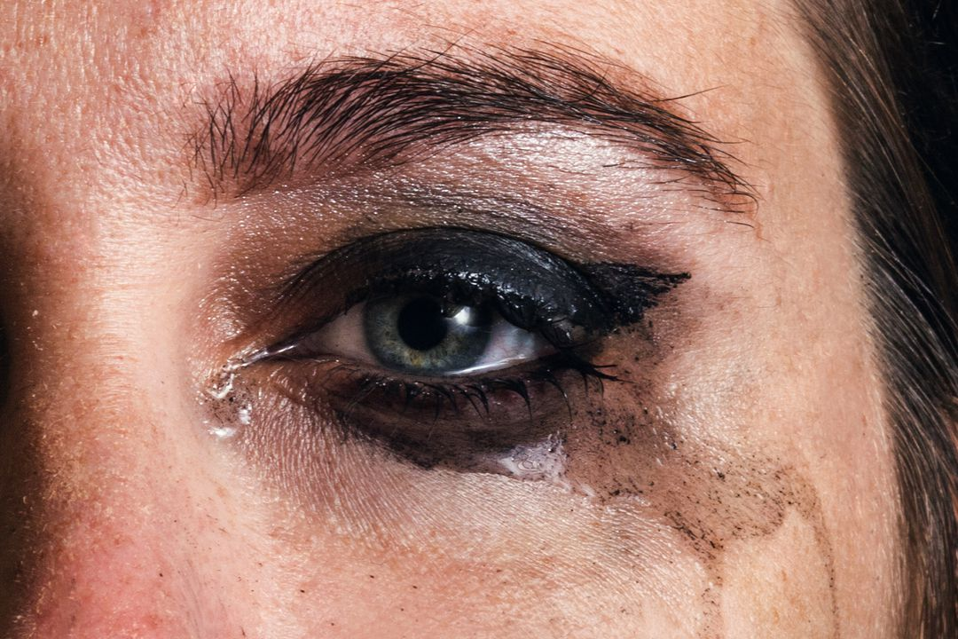 Kan uitlopen (wanneer geen watervaste mascara)