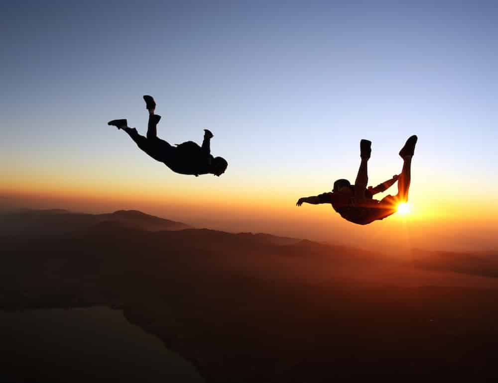 chute en parachute