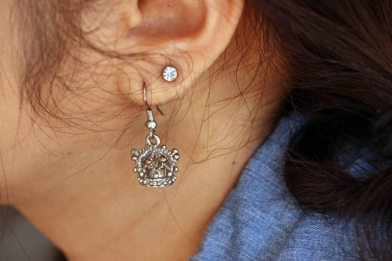 Un piercing lobe