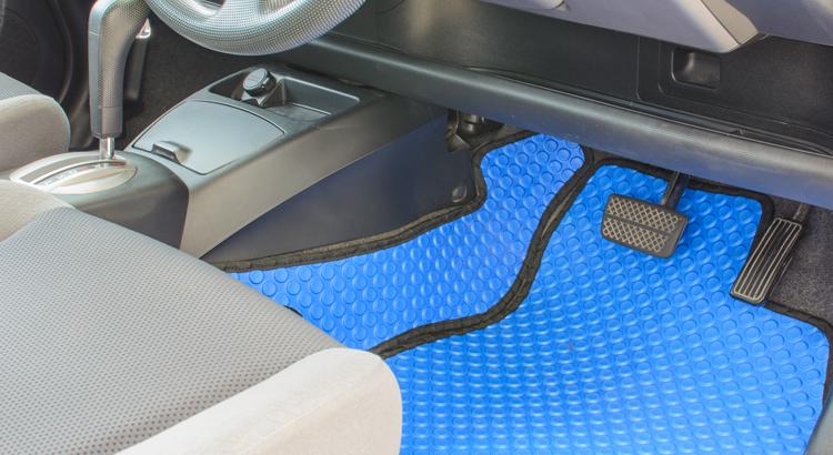 tapis voiture