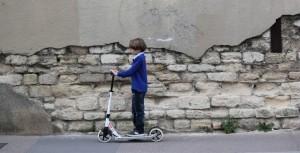 Les accidents en trottinettes ou patinettes électriques assimilés à des piétons pour l'indemnisation