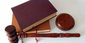 CE QU'IL FAUT SAVOIR SUR : La demande de renvoi de l'avocat choisi