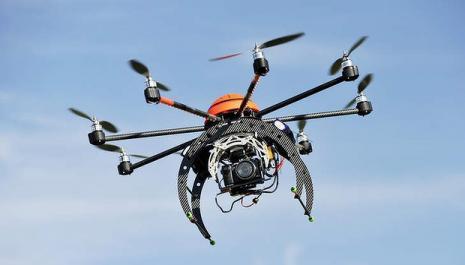 Drones, ces engins quasi règlementés