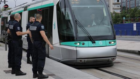 Sécurité des biens et des personnes dans les transports publics et licenciement