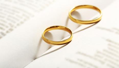 Vous voulez divorcer sans passer devant le juge ?
