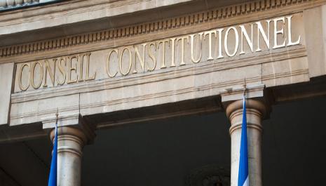 L'amendement Charasse dans sa version résultant de la loi 2007-1824 du 25 décembre 2007 est conforme