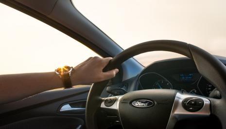 Baisse du coût du permis de conduire