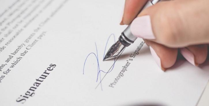 Requalification du CDD en CDI en cas de défaut de signature de l'employeur