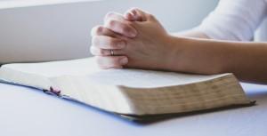 Liberté de religion et conditions de validité de l'obligation de neutralité dans l'entreprise