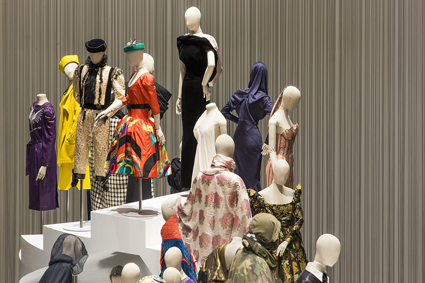 fashion-forward-antidote-musée-arts-decoratifs-exposition-mode-paris
