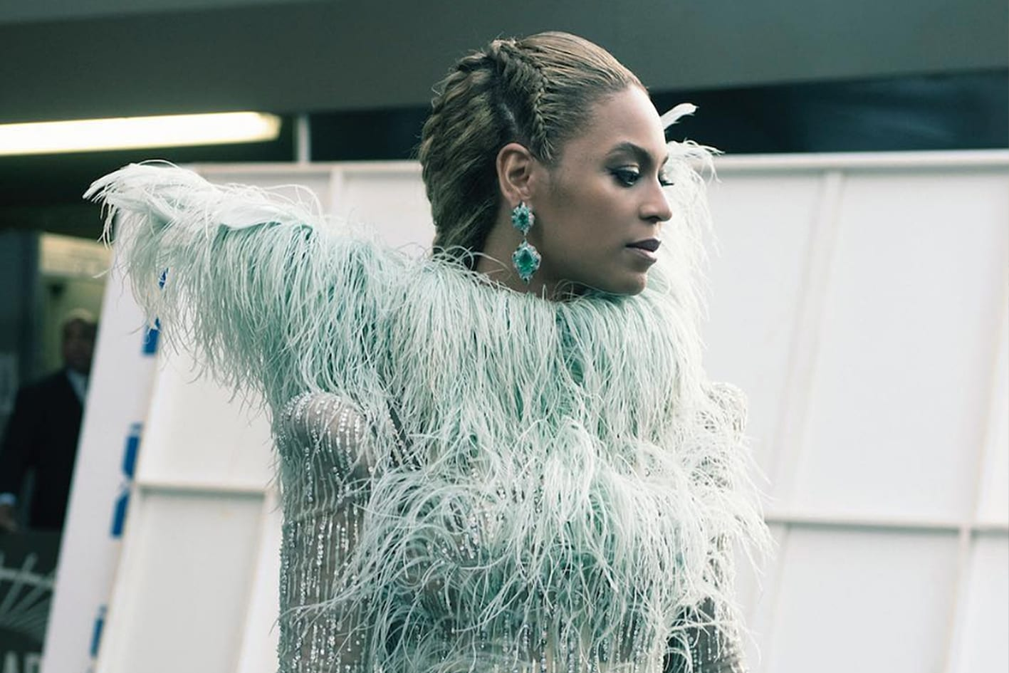 Who Is The Designer Behind The Dress That Beyoncé Wore To The MTV VMAs ?