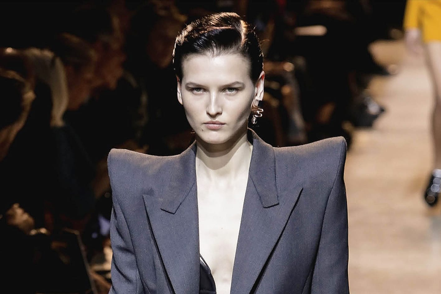 Mugler Fall 2017 Antidote Working Girl