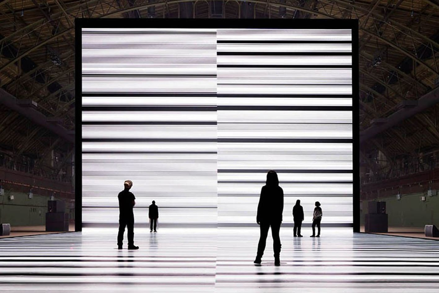 Ryoji Ikeda Et William Forsythe Présentent Deux Installations Gigantesques à La Villette