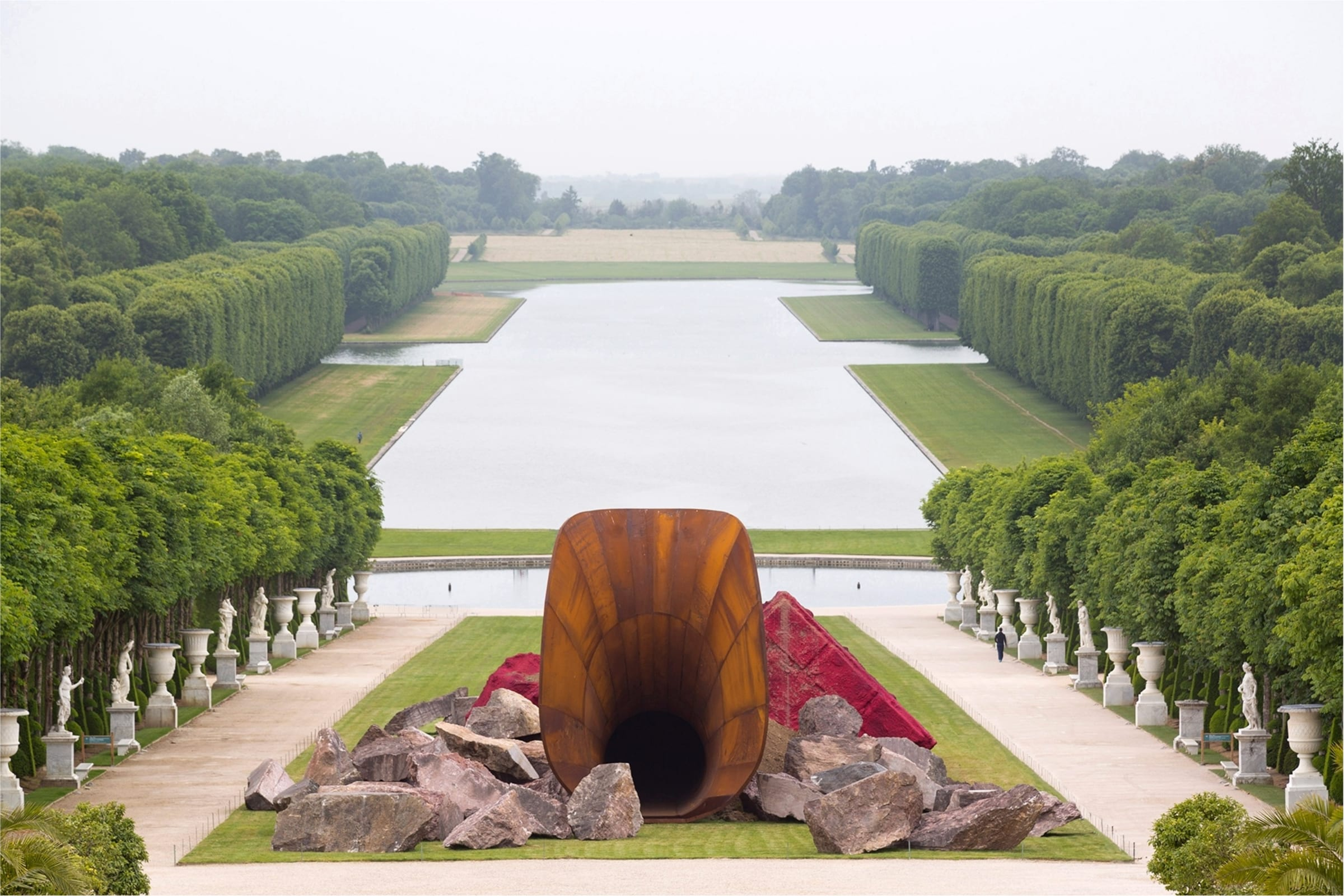 anish-kapoor-art-censure-dirty-corner-versailles-antidote-magazine