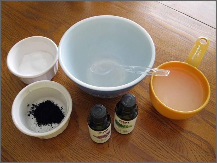 masque d'acné au charbon actif