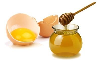 Masque blanc d'œuf et miel