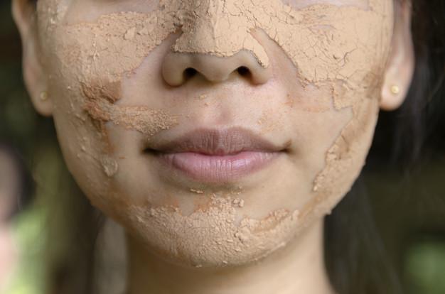 photo masque visage argile rhassoul application