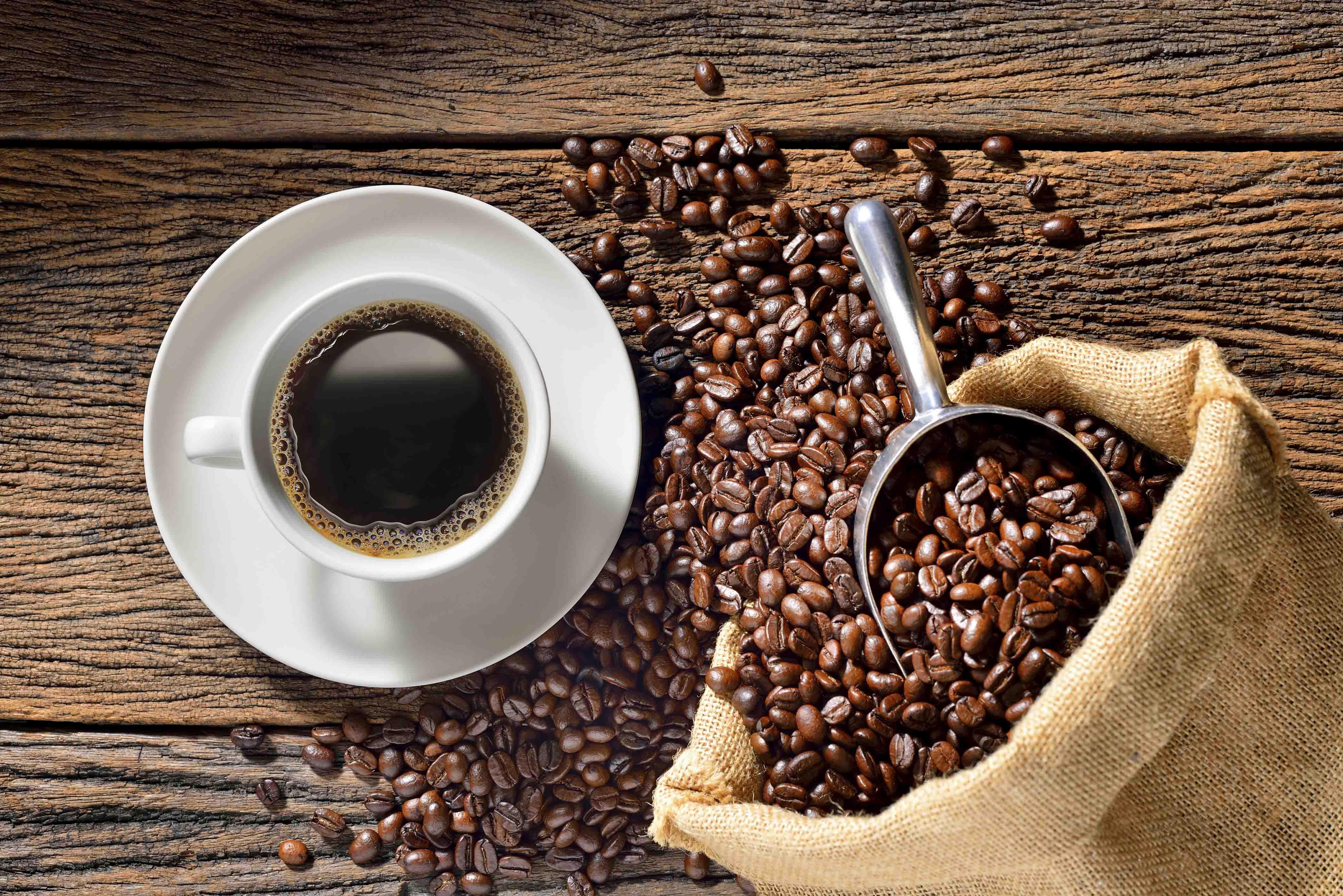 bienfaits du café sur les cheveux