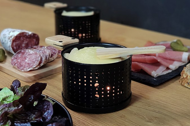 La raclette à Bruxelles : au resto, à la fromagerie ou… chez soi