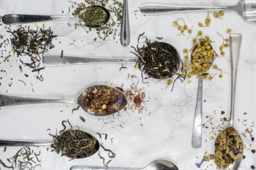 Tea :: its rituals and its virtues