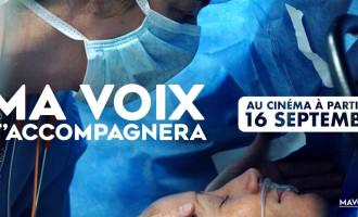 "Sortie salle du documentaire ""Ma voix t'accompagnera"", de Bruno Tracq"