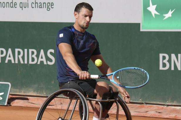 Joachim Gérard, grand talent en tennis en chaise roulante.