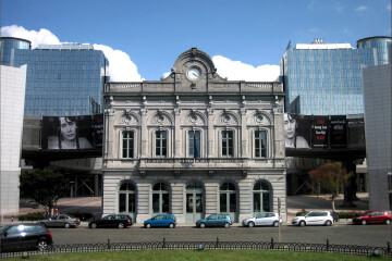 La Place du Luxembourg : un petit coin international en plein cœur de Bruxelles !