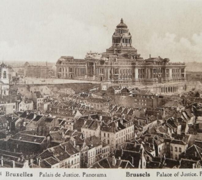 50 cartes postales de Bruxelles d'un autre temps