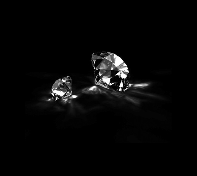 Antwerp and Diamonds, An Unstable Love Story
