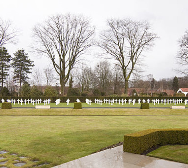 Adopt a grave at Flanders Field American Cemetery