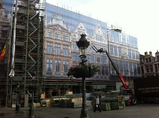 Facades on the Grand Place get freshened up