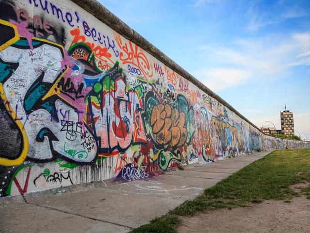 Trois pans du mur de Berlin à Bruxelles
