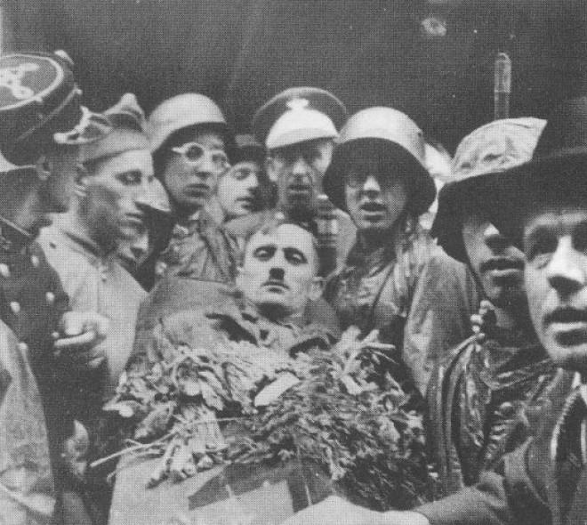Hitler est enterré dans les Marolles