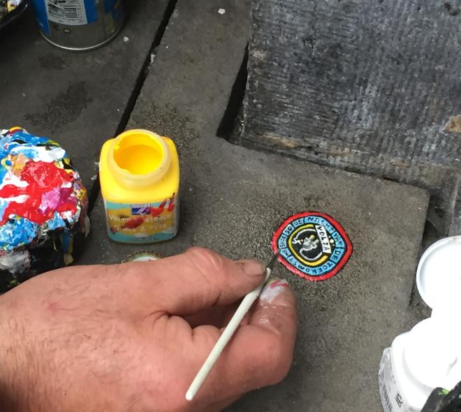 Il transforme des chewing-gums en œuvres d'art