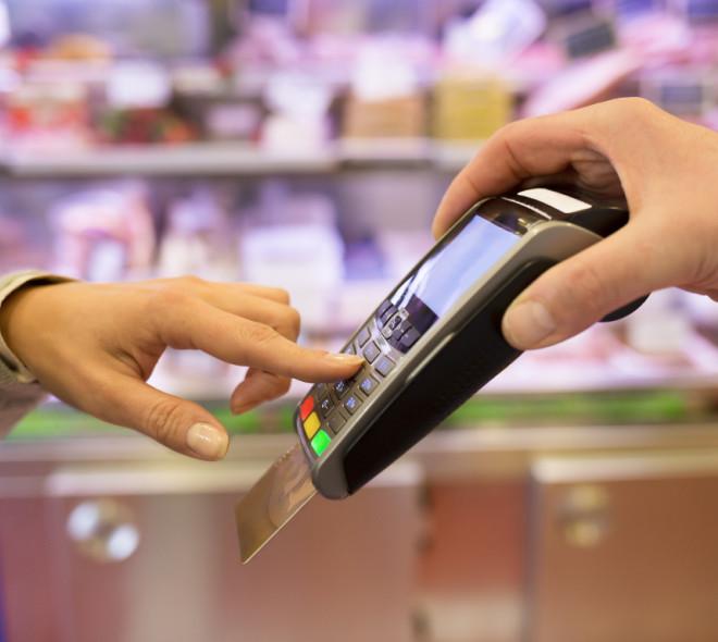 Bancontact, Visa, Mastercard: les suppléments éventuels bientôt interdits