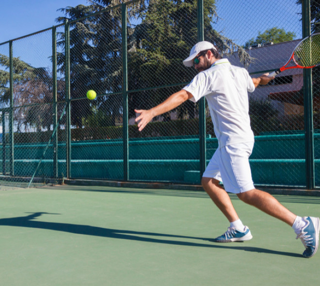 Where to find your tennis equipment in Brussels ?