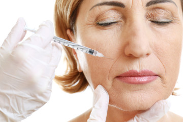La meilleure solution pour combattre les rides au visage : les injections