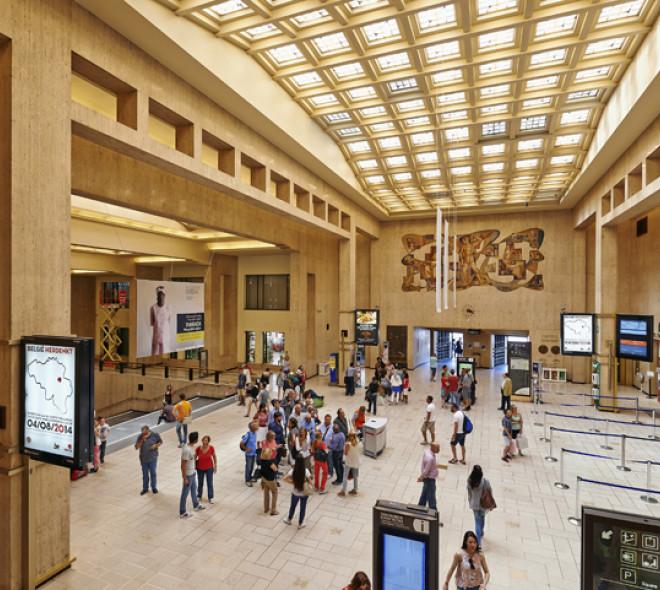 La Belgique, autrement phénoménale: Girls in Hawaii tourne son clip dans la Gare Centrale