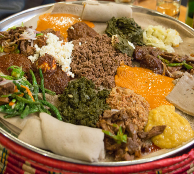 Toukoul: the restaurant-bar that takes you to discover the Ethiopian culture