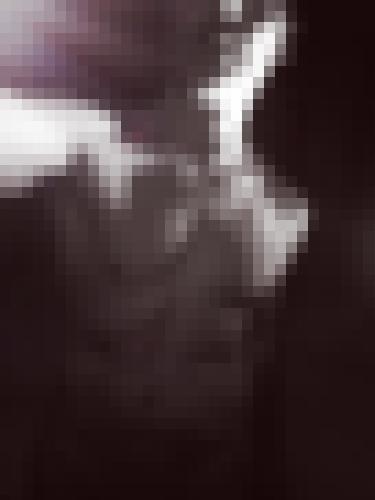 Photo from LoAu into I show my torso