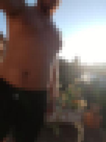 Photo from Sam8621 into I show my torso